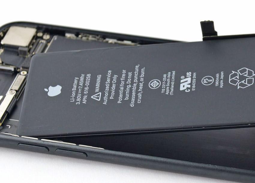 Photo of Apple acceptă acum la garanție telefoanele cu bateria schimbată la terți