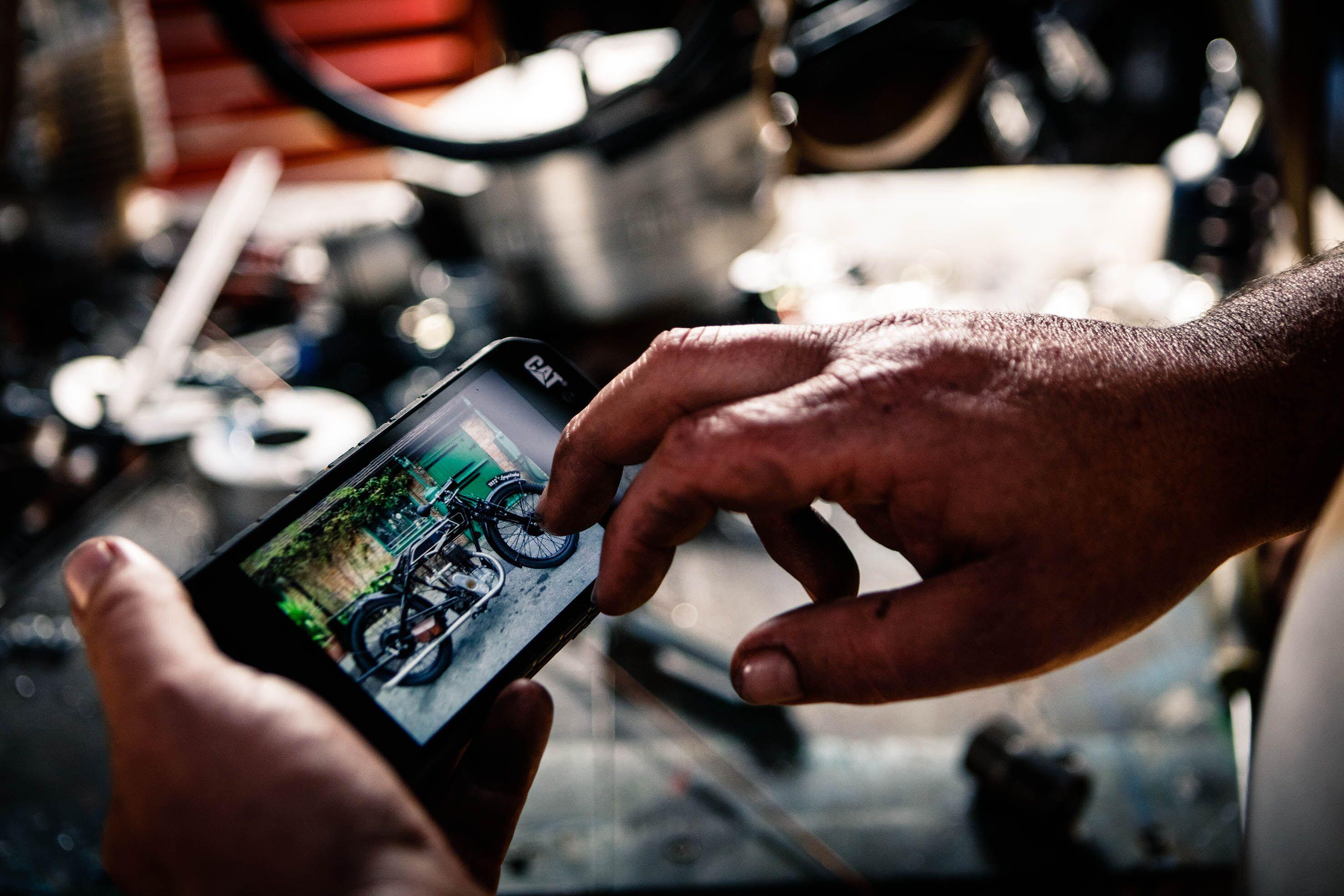 Photo of Studiu Cat® phones: unul din trei consumatori europeni a avut ecranul telefonului spart