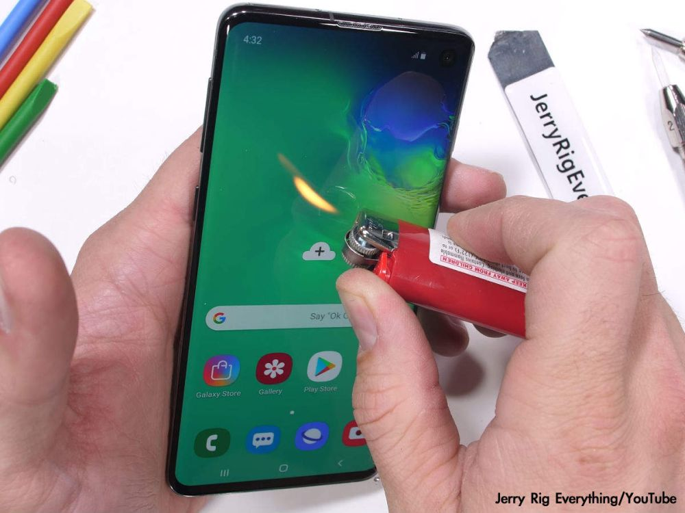 Samsung Galaxy S10 test de durabilitate