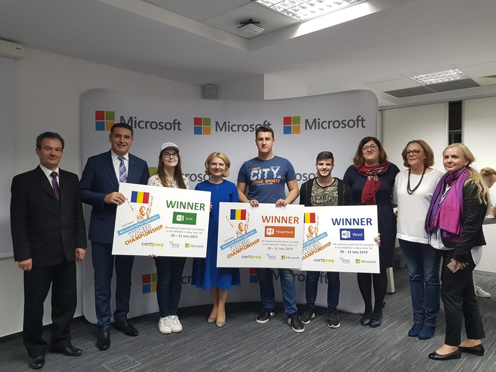 Photo of 3 romani participa la finala Campionatului Mondial Microsoft Office Specialist 2019