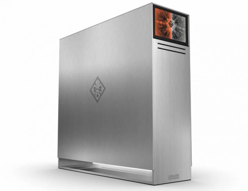ADN-ul VoodooPC: PC-ul care acum 10 ani costa 10.000 USD. Design cu mult înainte vremii sale. Ecran suplimentar în 2008? wow.
