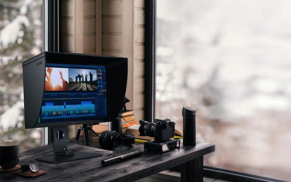 Photo of BenQ lansează SW270C, un nou monitor destinat fotografilor profesionişti