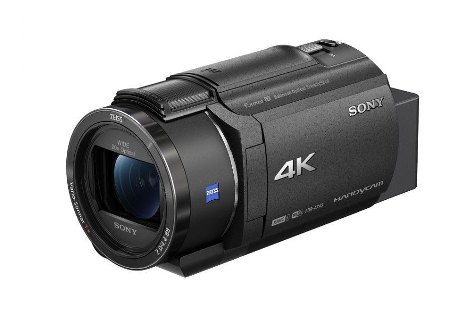 Lansare Sony FDR-AX43