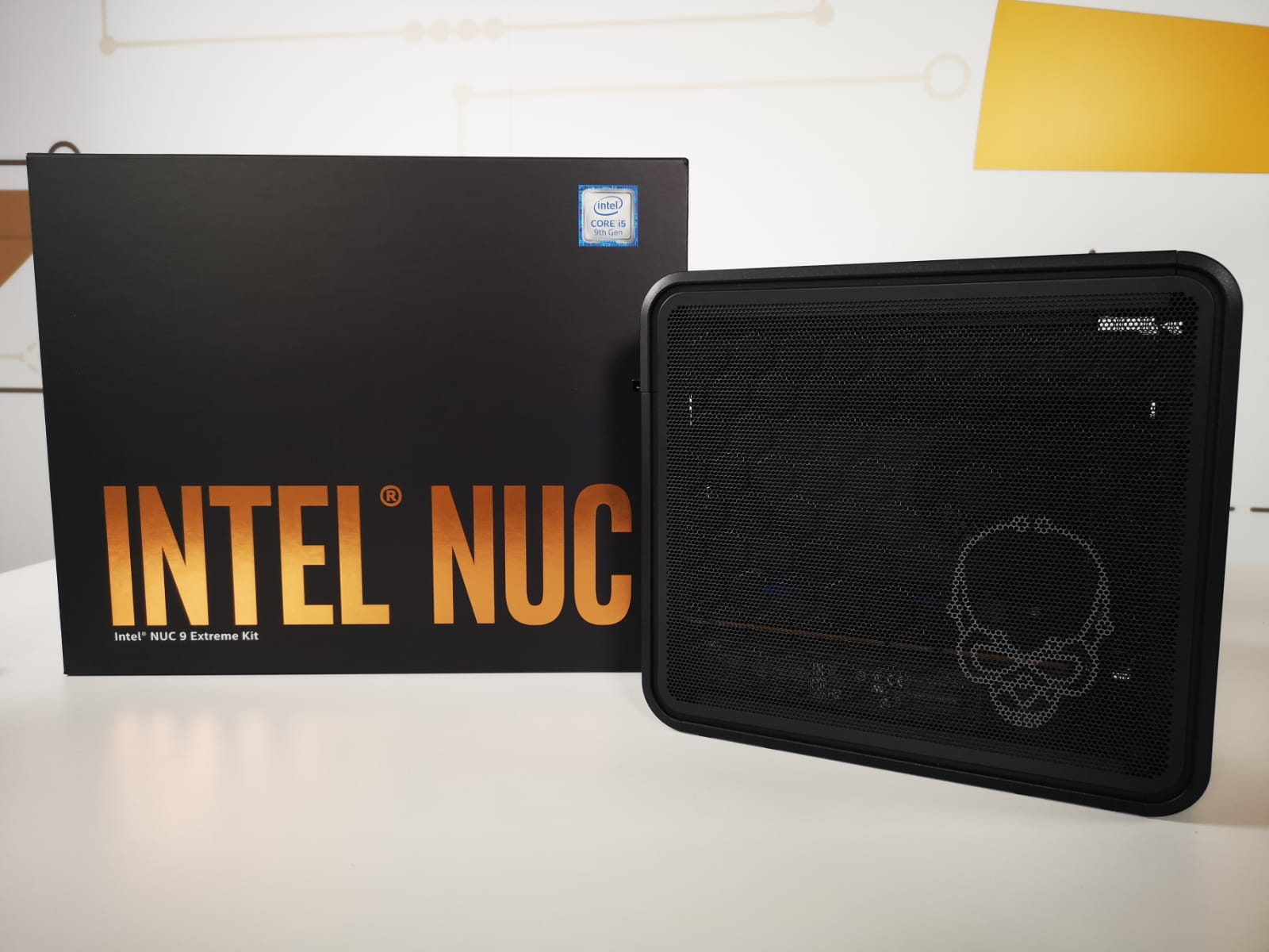 Review Intel NUC 9 Extreme Kit