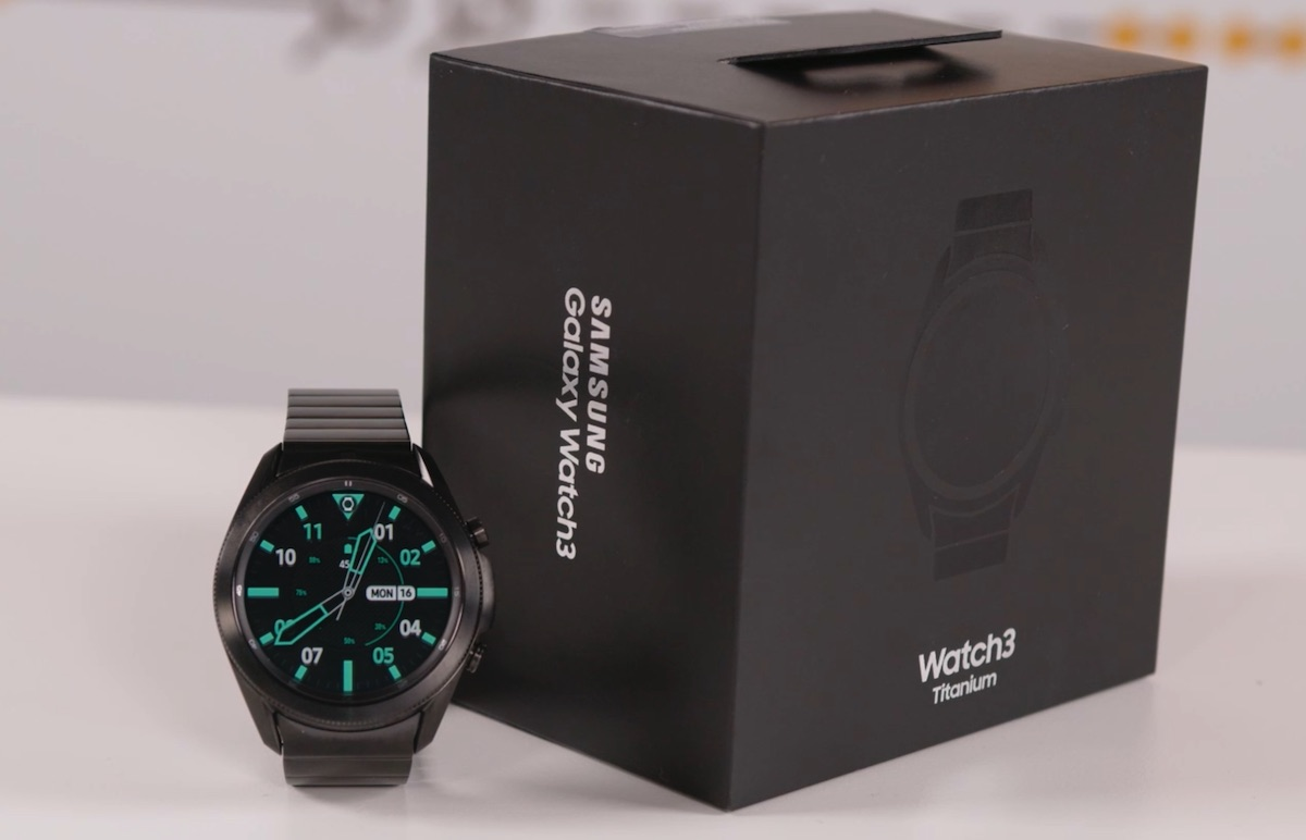 Samsung Galaxy Watch 3 Titanium Design si Constructie