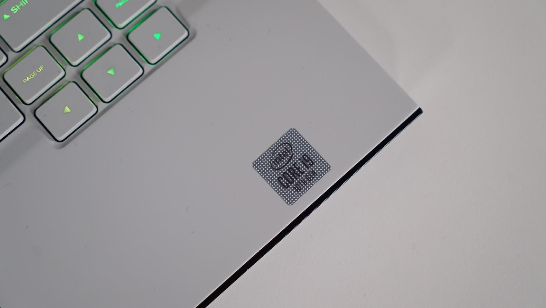 Intel Core i9 10980HK Alienware M15 R3